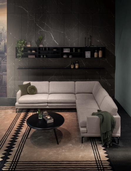Wygodna sofa do pomieszczenia